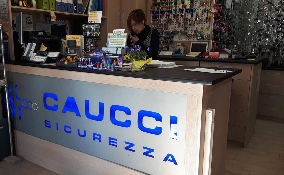 negozio-roma-ciampino-cauccisicurezza